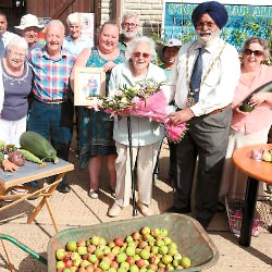 Picture Of Allotment open day held in Slough